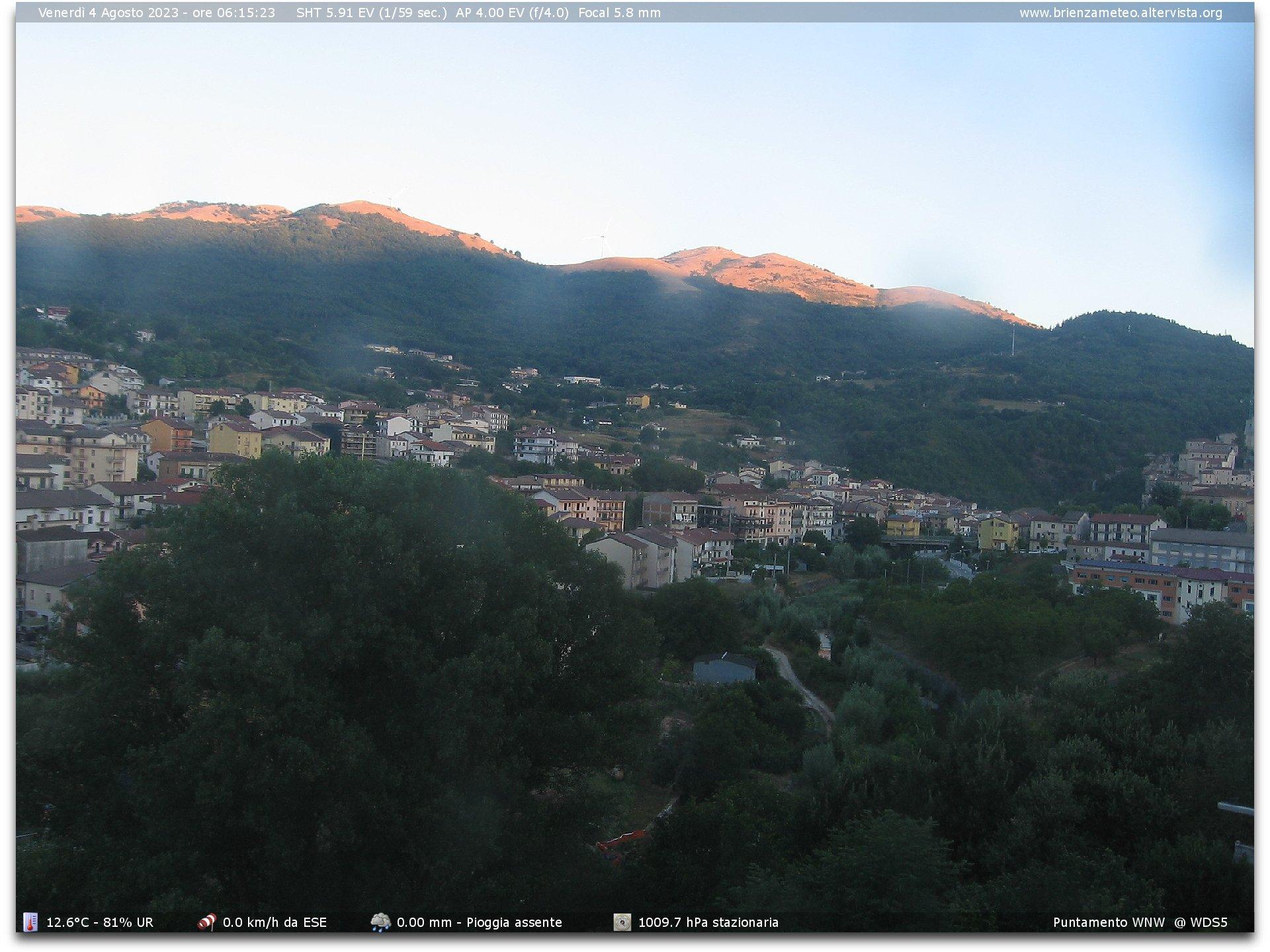 http://www.brienzameteo.altervista.org/cam.jpg